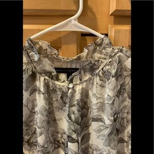 WHBM long sleeve blouse with pretty floral design